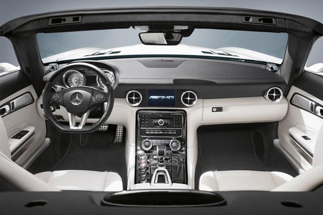 Mercedes SLS AMG - интерьер