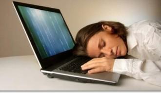 computer-man-sleep
