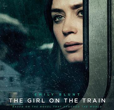 девушка в поезде постер